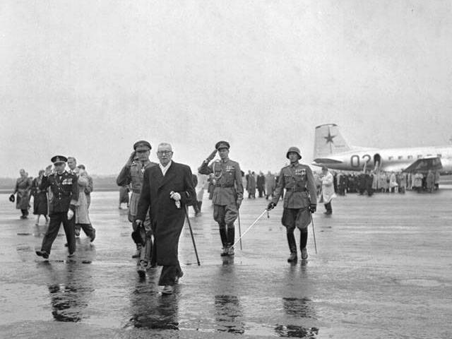 President Paasikivi returning from Moscow.  Source: agricolaverkko.fi